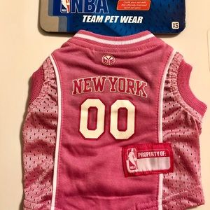 lowest price e216a 70485 New York Knicks NBA Pink Dog Jersey NWT